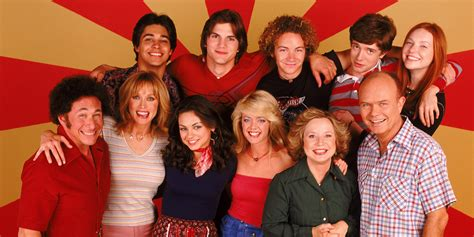 That 70s Show Reunion Cast Sings Show Theme Song