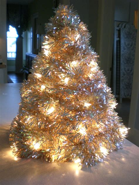 marilyn makes mention tinsel tree tutorial here we go