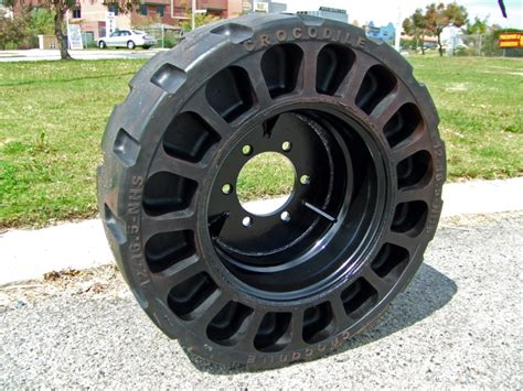 Airless  Ee  Tire Ee