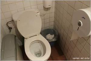 Toilette Auf Spanisch : spanish toilets and wcs sunshine and siestas an american girl in seville spain spain ~ Buech-reservation.com Haus und Dekorationen