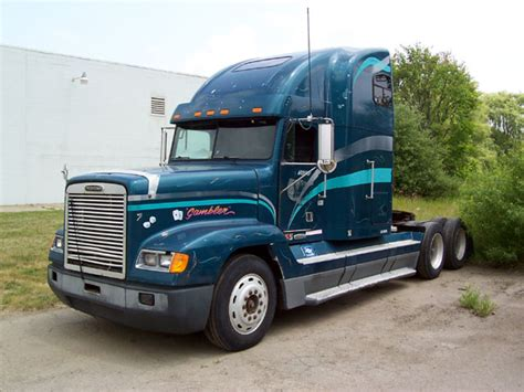 freightliner fld conventionalpicture  reviews