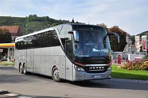 Berlin Ulm Bus : setra 517 hdh aus der brd am 24 in krems unterwegs bus ~ Markanthonyermac.com Haus und Dekorationen