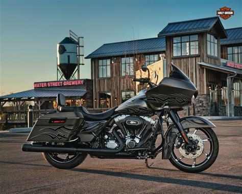 Harley Davidson Road Glide Ultra 4k Wallpapers by 2015 Ultra Glide Harley Davidson 2012 Harley Davidson