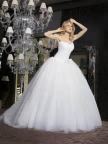 organisation de mariage choisir les robes de mari 233 e et robe meilleurs produits de mariage et