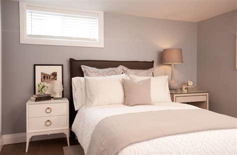 欧式简约阁楼卧室装修效果图