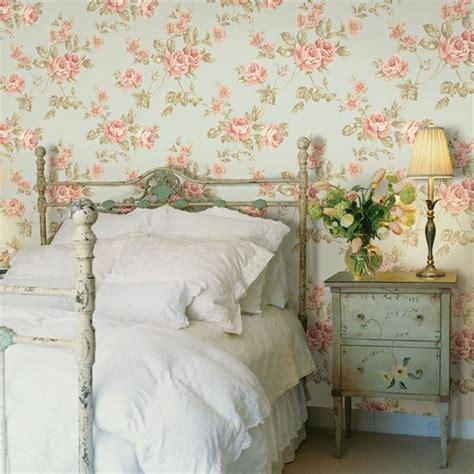 schlafzimmer gestalten tapeten tapeten landhausstil frische ideen wie sie die wände verkleiden