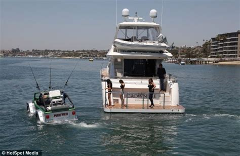 Water A Way To Drive! The World's Fastest Amphibious