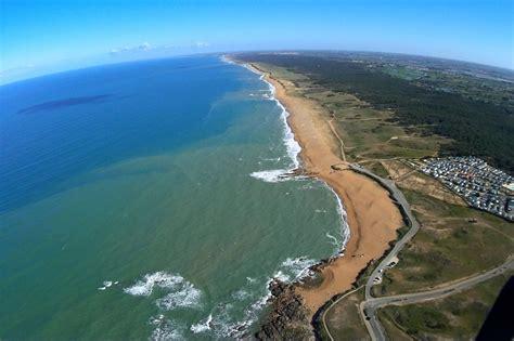 vues a 233 riennes de la plage du paracou aux sables d olonne