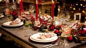 Festliche Tischdeko Weihnachten : festliche tischdekoration einfache tricks die g ste beeindrucken youtube ~ Udekor.club Haus und Dekorationen