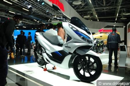 Honda Pcx Electric Wallpaper by Auto Expo 2018 Images Photos Of New Cars Bikes At Auto