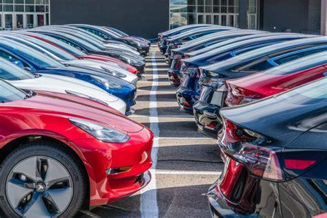 50+ Tesla 3 Delivery Delays August 2018 Background
