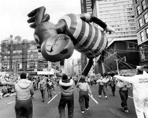macys thanksgiving day parade accidents  mishaps