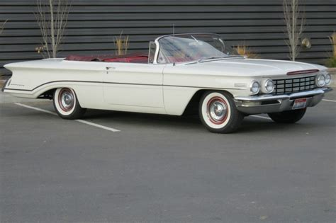 oldsmobile dynamic   sale