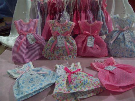 souvenirs vestiditos en tela perfumados para nacimiento o primer a 241 ito souvenirs para 50 a 241 os