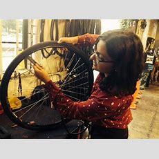 Bike Repair 101 At Sacramento Bicycle Kitchen  Girls On