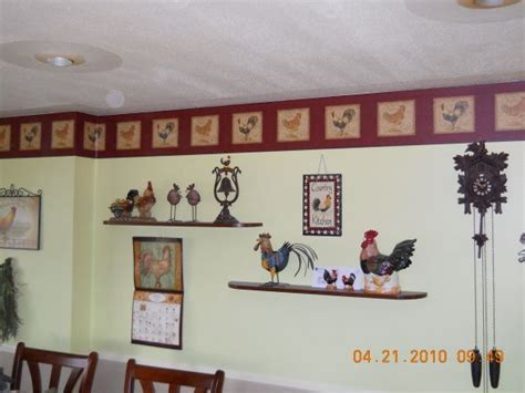 Chicken Decorating Ideas For The Kitchen by Best 25 Rooster Kitchen Decor Ideas On