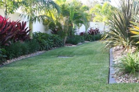 courtyard home designs garden design ideas get inspired by photos of gardens