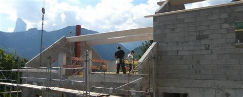 les toits du tri 232 ves r 233 alisation charpente michel les portes