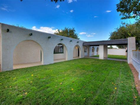 newtons house wayne newton s former 36 acre ranch listed for 70 million