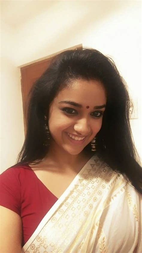 actress keerthi suresh tamil movies southcinema news keerthi suresh latest selfie pics