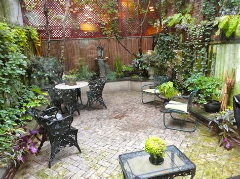 townhouse patio ideas pictures triyae townhouse backyard oasis decorating ideas