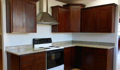 cinnamon oak kitchen cabinets quicua