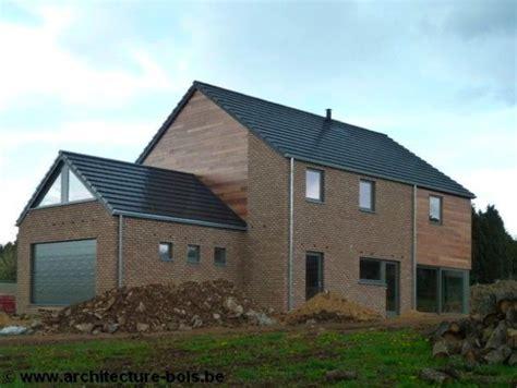 maison brique et bois habitation osb 3 chambres avec briques bardage c 232 dre et ch 226 ssis en bois peint architecture