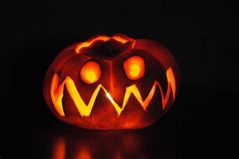 Halloween Kürbis Schnitzen Vorlage