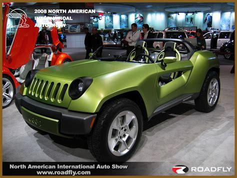 Jeep Renegade Photos News Reviews Specs Car Listings