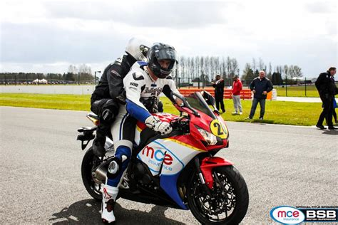 Howarth Returns To Mce Bsb With Motodex Performance First