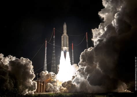 siege social conforama file ariane 5 payload fairing 100 images esa s last
