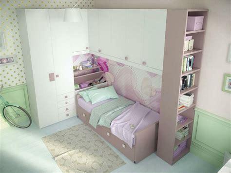 lit avec bureau pour fille armoire lit escamotable et lits superposés chambre d 39 enfant