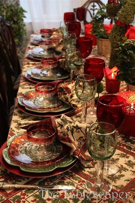table settings for christmas 78 images about christmas table decorations on pinterest tablescapes natale and centerpieces