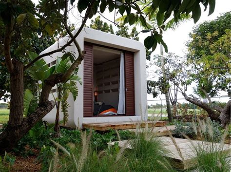 tiny houses   withstand hurricanes tiny house blog