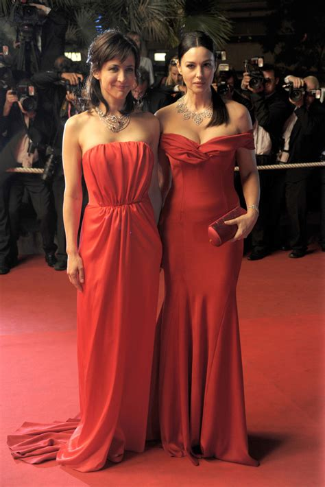 jean pierre aumont le trot monica bellucci red carpet 28 images monica bellucci