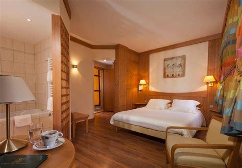 tour des chambres hôtel 3 étoiles à ribeauvillé en alsace