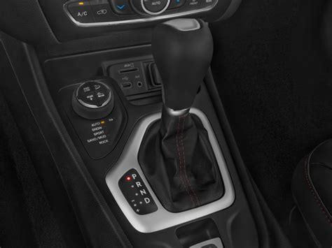 image  jeep cherokee wd  door trailhawk gear shift