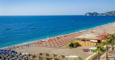noleggio auto giardini naxos spiaggia giardini naxos sicilia spiagge italiane su