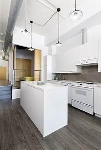 cuisine moderne blanche avec ilot central With cuisine blanche avec ilot central
