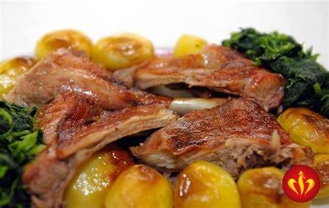 Na primeira semana de julho não precisa de gastar tempo e energia a cozinhar, o rei dos frangos vai ser a desculpa perfeita para. Restaurante Rei dos Frangos