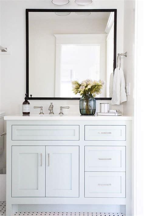 best 25 white vanity bathroom ideas on white