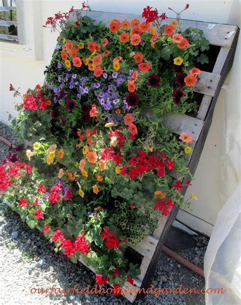 25 best ideas about pallet planters on