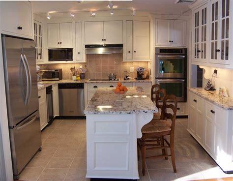 best floor for kitchen 2014 modern kitchen flooring using ceramics and wood kitchen