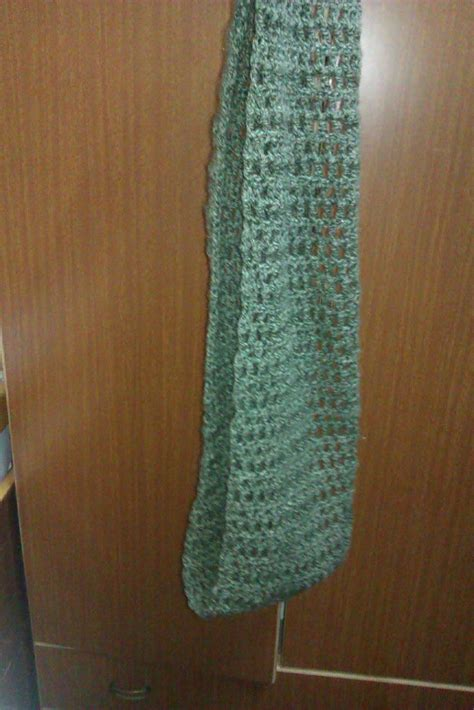 crocheted infinity scarf  easy     knit