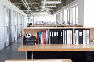 Office Organization Tips: Set Up an Organized Cubicle ...