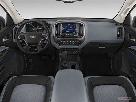 chevy colorado interior chevrolet colorado prices reviews and pictures u s