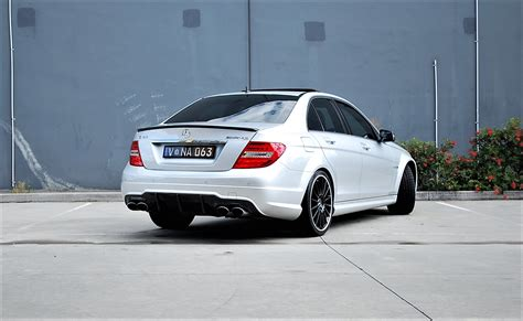 2011 Mercedesbenz C63 Amg Performance Package  Find Me Cars