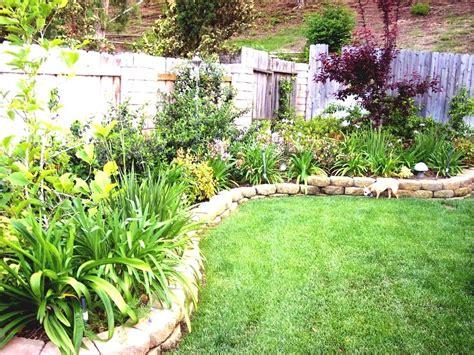 Image Of Backyard Landscape Design Simple Landscaping