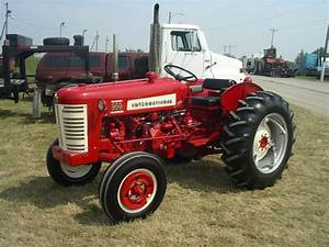 24 Best International 300  U0026 350 Utility Tractor Images On