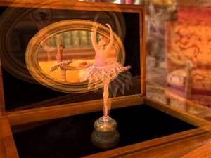 Boite à Musique Danseuse : bo te musique et ballerine 3ds max youtube ~ Teatrodelosmanantiales.com Idées de Décoration